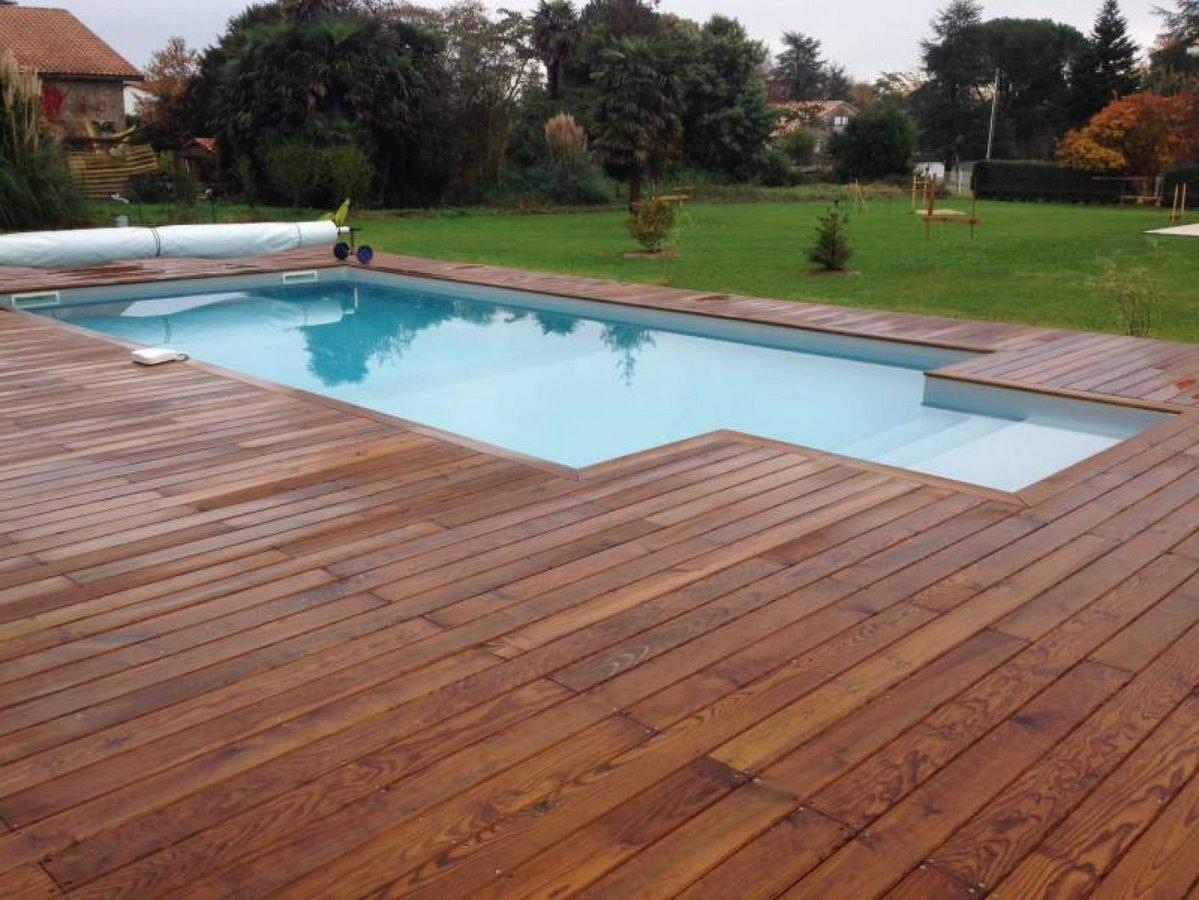 quel bois pour une terrasse bois pour terrasse piscine. Black Bedroom Furniture Sets. Home Design Ideas